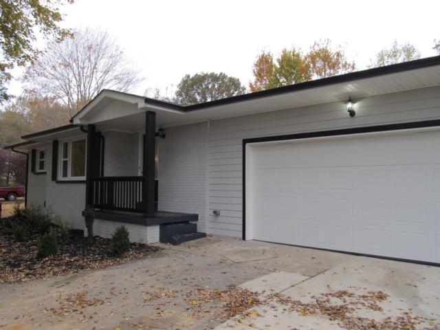 2557 Woodlawn Rd, Woodlawn, TN 37191 (MLS #1985949) :: Clarksville Real Estate Inc