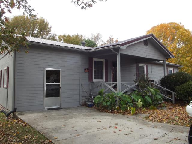 9 Pioneer Dr, Fayetteville, TN 37334 (MLS #1990046) :: John Jones Real Estate LLC