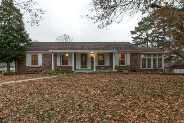 1284 Hillwood Dr, Clarksville, TN 37040 (MLS #1990379) :: Clarksville Real Estate Inc