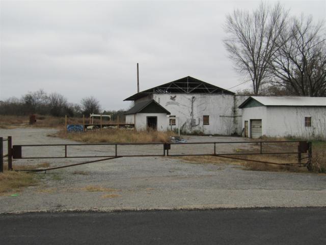421 Holly Grove Rd, Lewisburg, TN 37091 (MLS #1990405) :: The Kelton Group