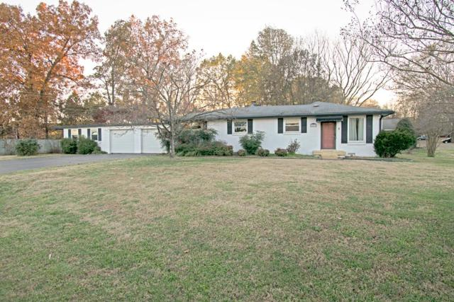 200 Forest Hills Dr, Clarksville, TN 37040 (MLS #1990989) :: Ashley Claire Real Estate - Benchmark Realty