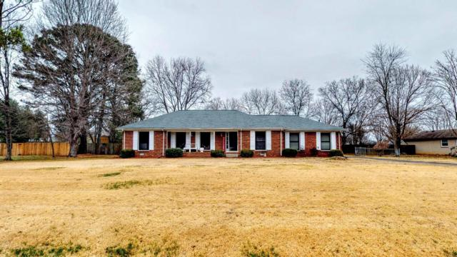 1010 Brookwood Dr, Gallatin, TN 37066 (MLS #2000282) :: John Jones Real Estate LLC