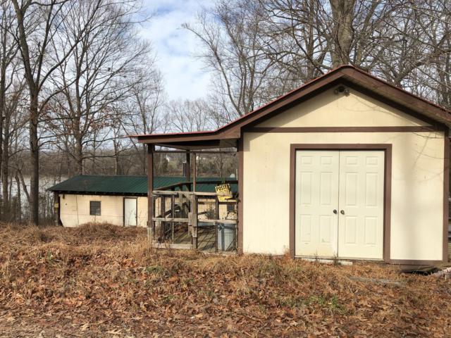 302 Tobaccoport Circle Rd, Bumpus Mills, TN 37028 (MLS #2000967) :: Nashville on the Move