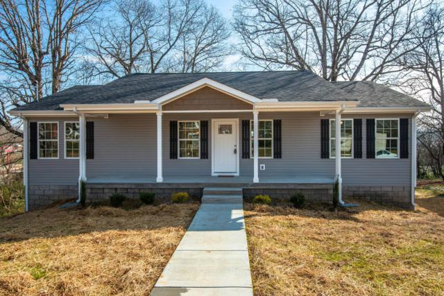 217 Mclemore St, Dickson, TN 37055 (MLS #2003678) :: Clarksville Real Estate Inc
