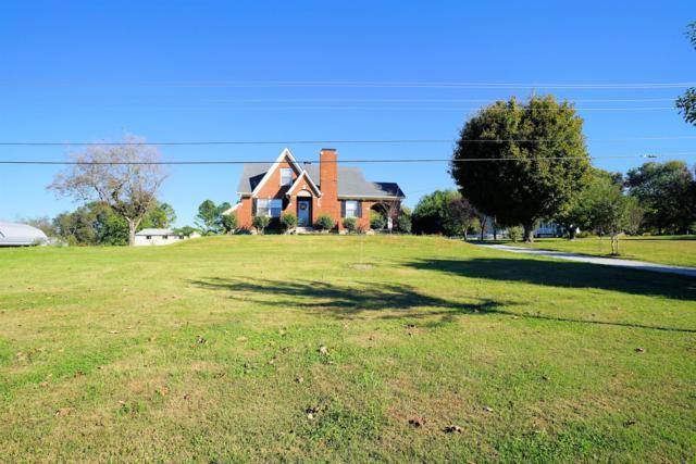 942 Carters Creek Pike, Columbia, TN 38401 (MLS #2008032) :: RE/MAX Choice Properties