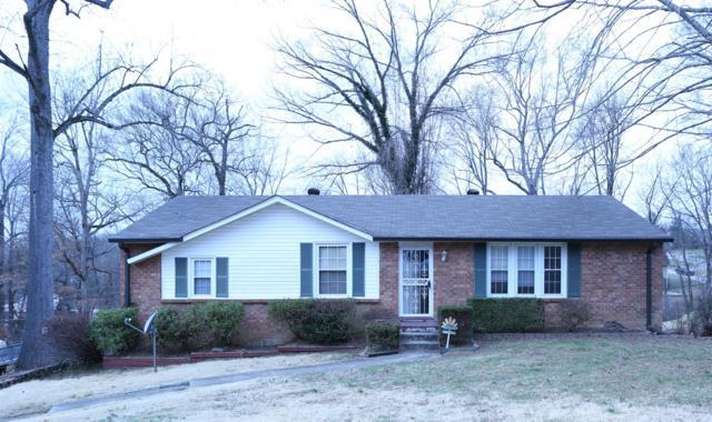 301 Robin Hood Drive, Clarksville, TN 37042 (MLS #2008309) :: CityLiving Group