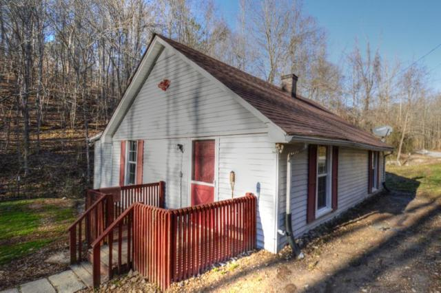 252 Brookhollow Dr, Ashland City, TN 37015 (MLS #2012228) :: Nashville's Home Hunters