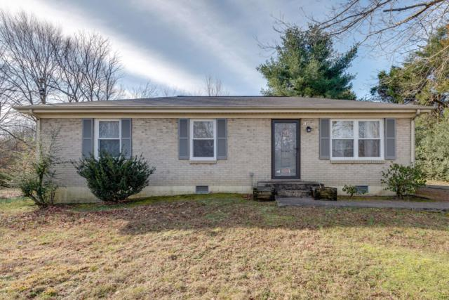 105 Mae Cir, Dickson, TN 37055 (MLS #2012479) :: Five Doors Network