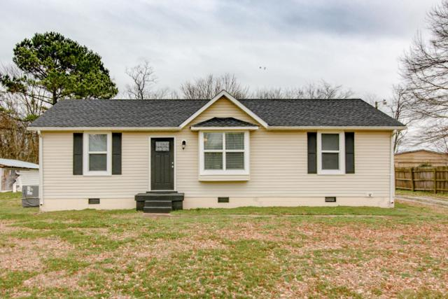 305 Davis Dr, Columbia, TN 38401 (MLS #2012624) :: Kari Powell Group