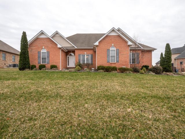 823 Iron Wood Cir, Clarksville, TN 37043 (MLS #2018168) :: FYKES Realty Group