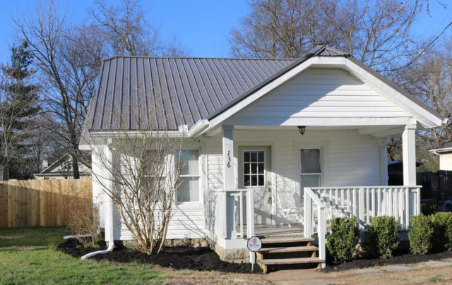 136 E Jackson St, Gallatin, TN 37066 (MLS #2021457) :: DeSelms Real Estate