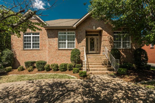 111 Warren Place, Hendersonville, TN 37075 (MLS #2031619) :: DeSelms Real Estate