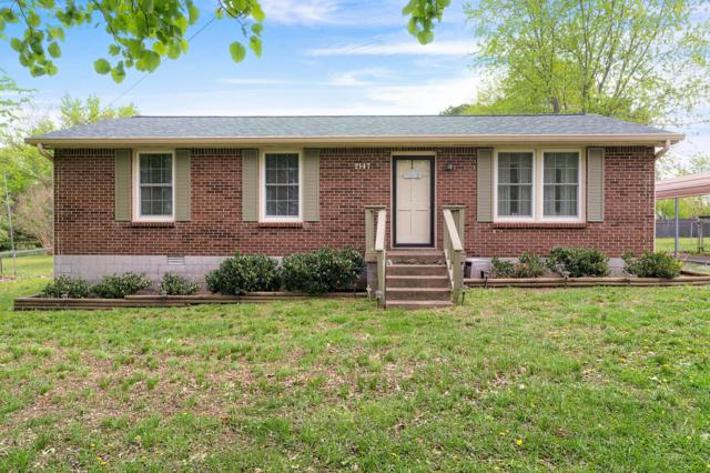 2147 Old Greenbrier Pike, Greenbrier, TN 37073 (MLS #2031967) :: Christian Black Team