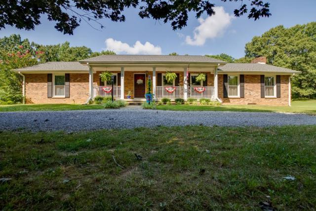 426 Davis Rd, Clarksville, TN 37040 (MLS #2032221) :: FYKES Realty Group