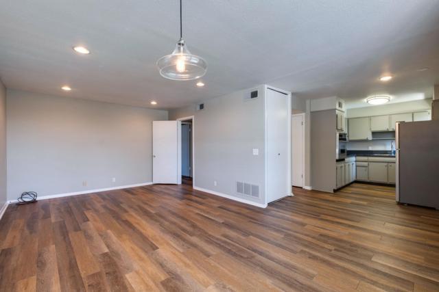 3831 W End Ave Apt 20 #20, Nashville, TN 37205 (MLS #RTC2040197) :: Clarksville Real Estate Inc