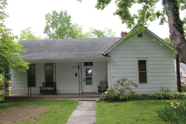 414 W Railroad St, Dickson, TN 37055 (MLS #2040605) :: Village Real Estate