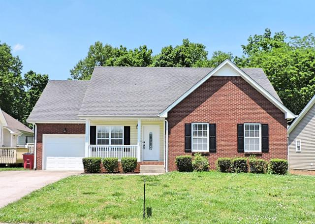 1305 Southwood Ct, Clarksville, TN 37042 (MLS #2042285) :: The Group Campbell powered by Five Doors Network