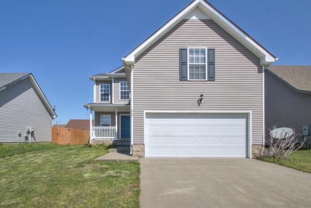 517 Fox Trot Dr, Clarksville, TN 37042 (MLS #RTC2026365) :: Village Real Estate