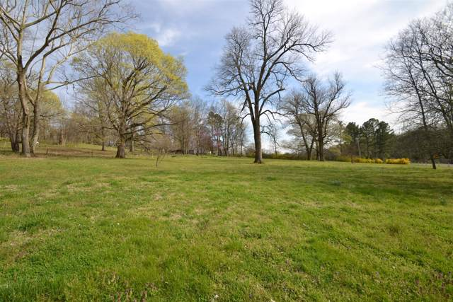 1920 Wilson Pike, Franklin, TN 37067 (MLS #RTC2028645) :: Felts Partners