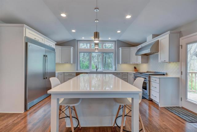 2052 Timberwood Dr, Nashville, TN 37215 (MLS #RTC2030207) :: Ashley Claire Real Estate - Benchmark Realty