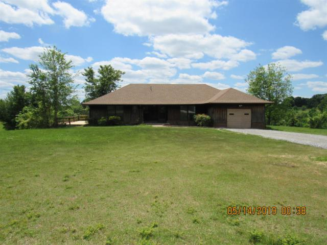 4465 Erin Rd, Mc Ewen, TN 37101 (MLS #RTC2040675) :: John Jones Real Estate LLC