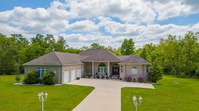 300 Clarington Drive, Crossville, TN 38572 (MLS #RTC2042397) :: Village Real Estate