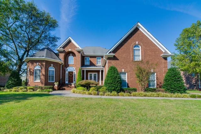 1055 Dorset Dr, Hendersonville, TN 37075 (MLS #RTC2042433) :: DeSelms Real Estate
