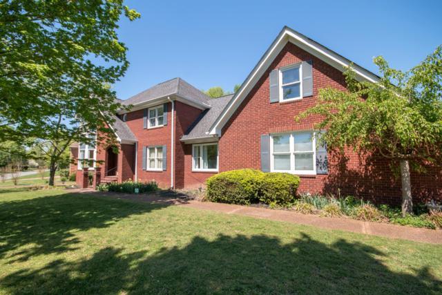 105 Ballentrae Dr, Hendersonville, TN 37075 (MLS #RTC2043488) :: DeSelms Real Estate
