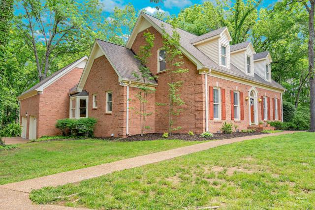 1018 Carolyn Cir, Hendersonville, TN 37075 (MLS #RTC2043612) :: DeSelms Real Estate