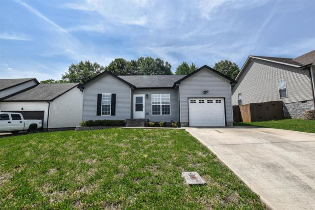 1303 Whitt Ln, Clarksville, TN 37042 (MLS #RTC2043618) :: DeSelms Real Estate