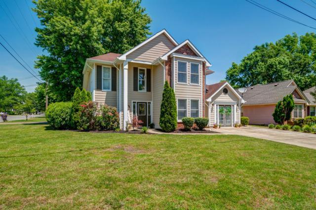 130 Agee Circle East, Hendersonville, TN 37075 (MLS #RTC2043643) :: DeSelms Real Estate