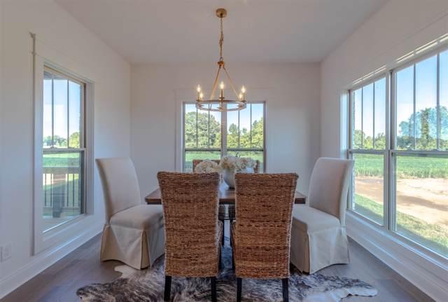 1421 Hereford Blvd, Clarksville, TN 37043 (MLS #RTC2044045) :: Village Real Estate