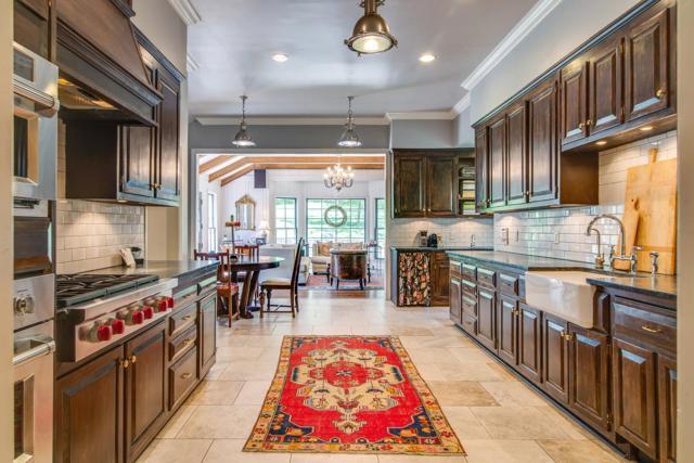 6035 Hillsboro Pike, Nashville, TN 37215 (MLS #RTC2046066) :: Ashley Claire Real Estate - Benchmark Realty