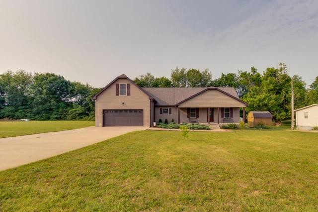 407 Wilson St, Greenbrier, TN 37073 (MLS #RTC2048075) :: Village Real Estate