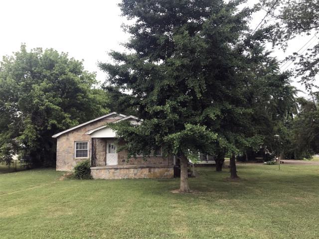 1236 Mill St, Pulaski, TN 38478 (MLS #RTC2048276) :: Village Real Estate