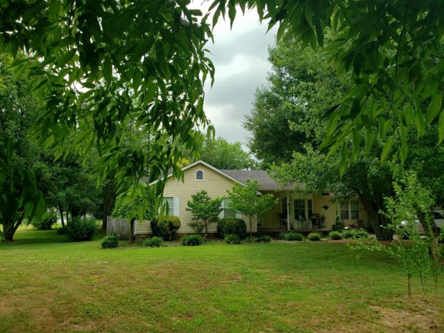 112 Oakland Dr, Gallatin, TN 37066 (MLS #RTC2048448) :: Village Real Estate