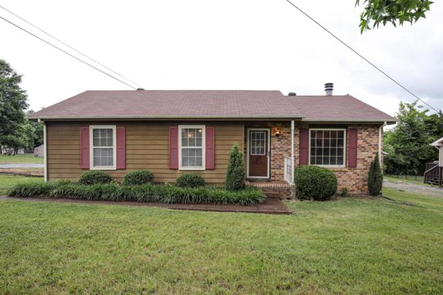 241 Evergreen Cir, Hendersonville, TN 37075 (MLS #RTC2049871) :: Cory Real Estate Services