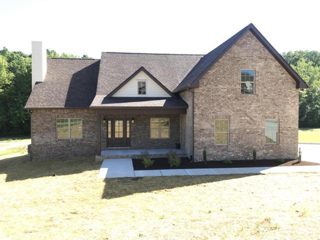 4070 Summit Dr, Greenbrier, TN 37073 (MLS #RTC2050445) :: Village Real Estate