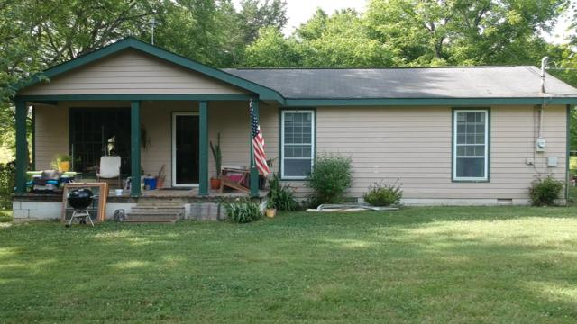 1462 Holly Grove Rd, Lewisburg, TN 37091 (MLS #RTC2050876) :: Village Real Estate