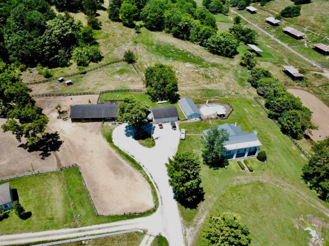 4460 Pulaski Hwy, Culleoka, TN 38451 (MLS #RTC2051537) :: Black Lion Realty