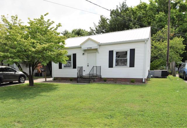2738 Kenwood Dr, Hopkinsville, KY 42240 (MLS #RTC2053238) :: Village Real Estate
