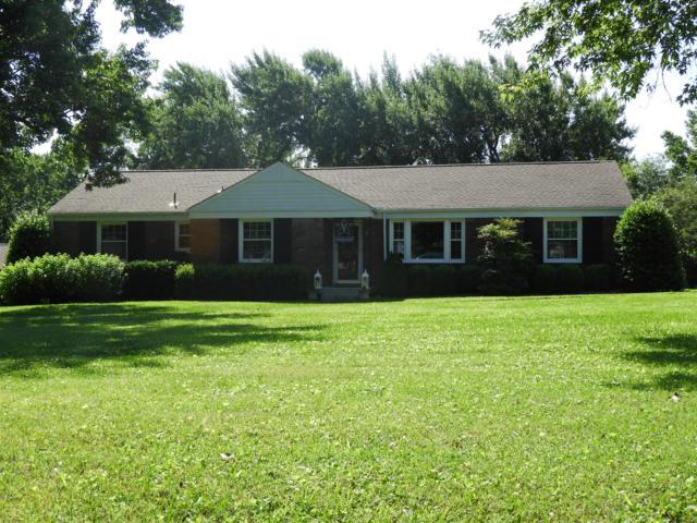 637 Rochelle Dr, Nashville, TN 37220 (MLS #RTC2053987) :: DeSelms Real Estate