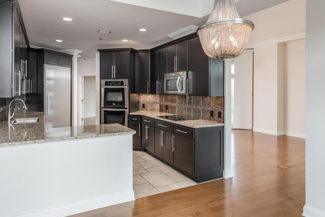 110 31St Ave N Apt 406 #406, Nashville, TN 37203 (MLS #RTC2053989) :: DeSelms Real Estate