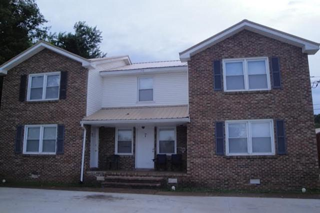 150 Darlene Dr, Clarksville, TN 37042 (MLS #RTC2054039) :: CityLiving Group