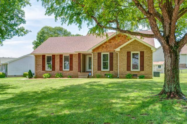 1786 Crestview Dr, Clarksville, TN 37042 (MLS #RTC2054415) :: Village Real Estate