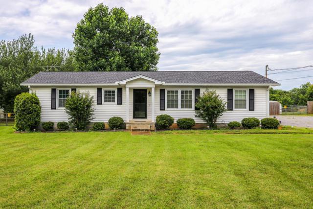 2825 Midland Rd, Shelbyville, TN 37160 (MLS #RTC2054423) :: Village Real Estate