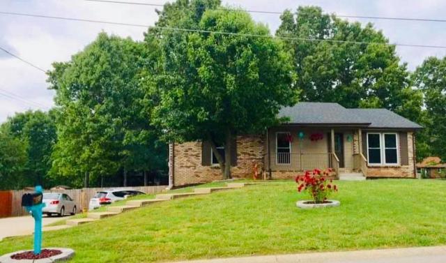 413 Breckinridge Rd, Clarksville, TN 37042 (MLS #RTC2054667) :: Village Real Estate