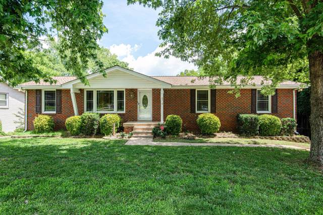 2734 Mossdale Dr, Nashville, TN 37217 (MLS #RTC2056085) :: FYKES Realty Group