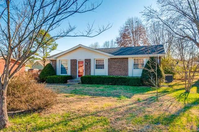 621 W Meade Blvd, Franklin, TN 37064 (MLS #RTC2058459) :: Nashville's Home Hunters