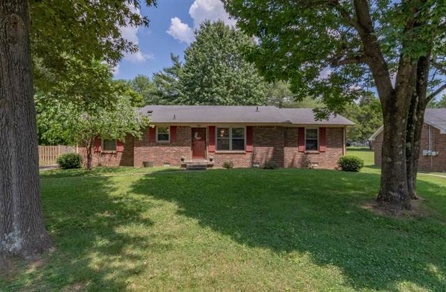 305 Meadowgreen Dr, Clarksville, TN 37040 (MLS #RTC2058677) :: HALO Realty